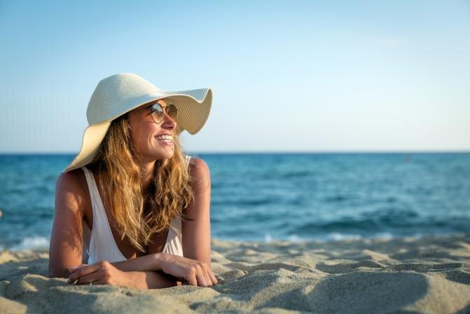 Kaitse ennast päikesekiirguse eest rannas, linnas ja aias
